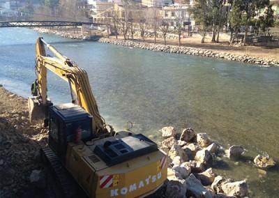 Excavaciones-Santomera-S.L.U-colocación-de-escollera-2