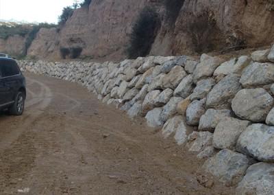 Excavaciones-Santomera-S.L.U-colocación-de-escollera-4