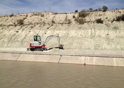 Excavaciones-Santomera-S.L.U-desbroce-y-limpieza-de-ríos-y-canales-6