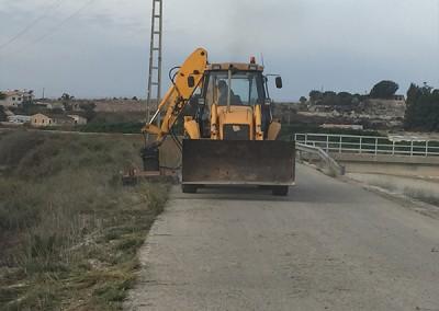 Excavaciones-Santomera-S.L.U-desbroce-y-limpieza-de-ríos-y-canales-3